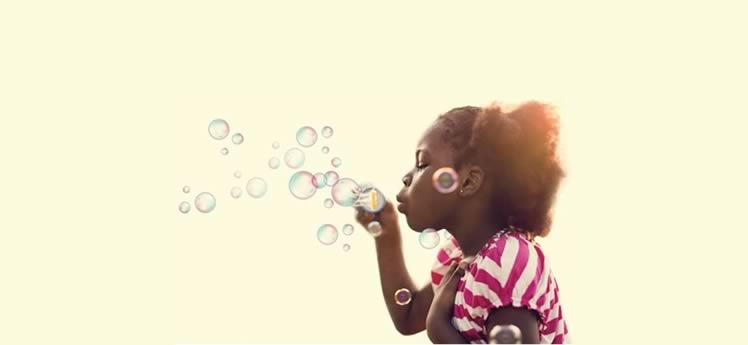 Menina com bolhas